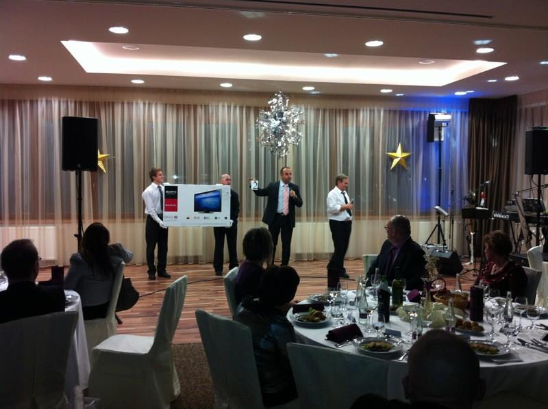 Vianočný večierok spoločnosti Remeslo v hoteli Thermal Vyhne. 22.12.2011.