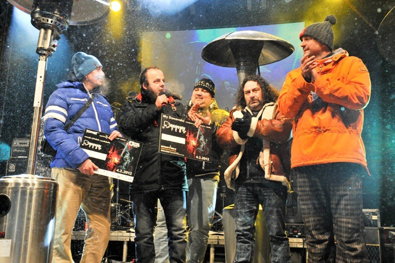 Donovalyfest 2012. 6. ročník najväčšieho zimného festivalu bol napriek teplote -26 stupňov, najúspešnejší vo svojej histórii. 4.2.2012, Donovaly.