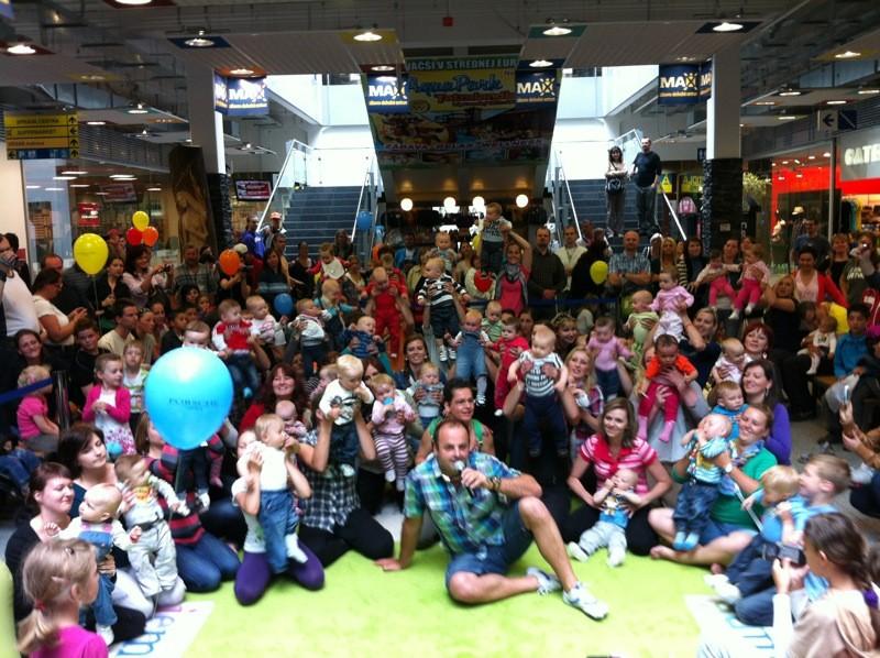 Preteky lezúňov v ZOC MAX spojené s oslavou dňa detí. 2. júna 2012. Nitra.