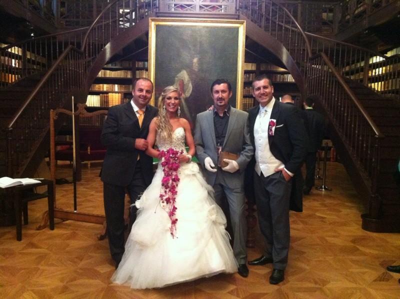 Svadby často nemoderujem, ale Andrea a Janko Kováčovi ju mali taku krásnu, že na ňu dlho nezabudnem. 9.6.2012 Kaštiel Oponice.