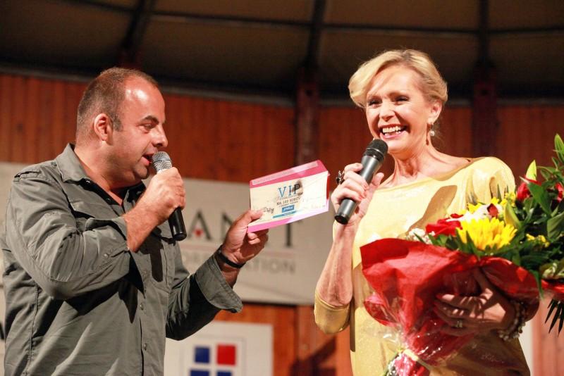 S Helenou Vondračkovou na ukinčeni kultúrneho leta Bratislava-Nove mesto. 7.septembra.2013. Bratislava.