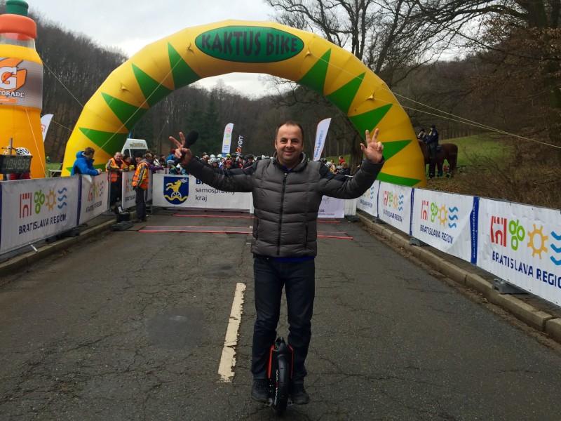 Najväčší zimný cyklo a bežecky maraton na Slovensku. 17.-18.1.2015. Bratislava.