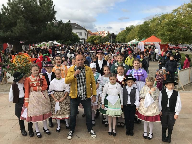 Jablčkove hodovanie v Senci už 9 krát. 7.október 2017. Senec.