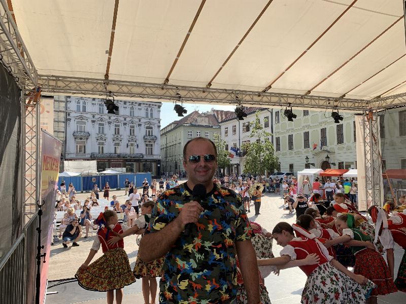 Tyzdennik Slovenka oslavuje 71.narodeniny na Hlavnom namesti. 11.jún 2019 Bratislava.