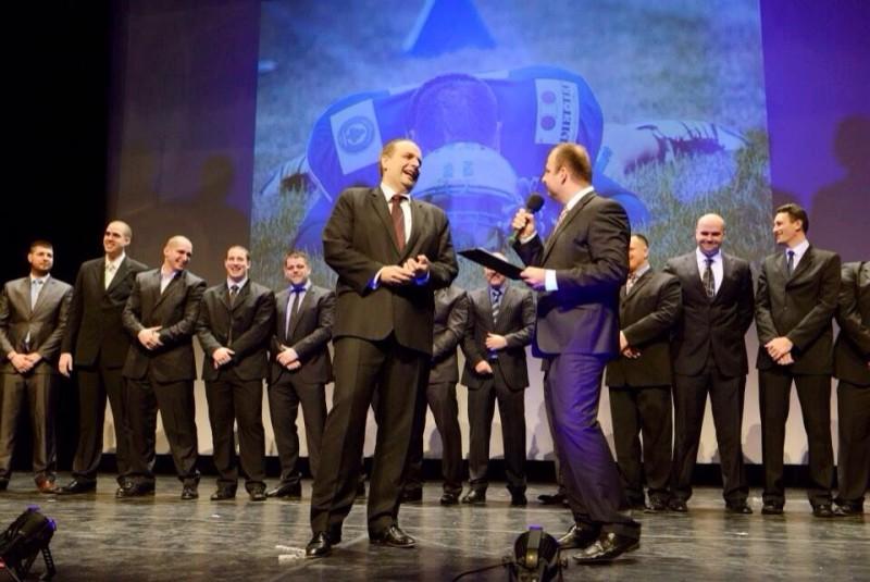 Galavečer americkych futbalistov Bratislava Monarchs v divadle Aréna. 6.februára.2014. Bratislava.