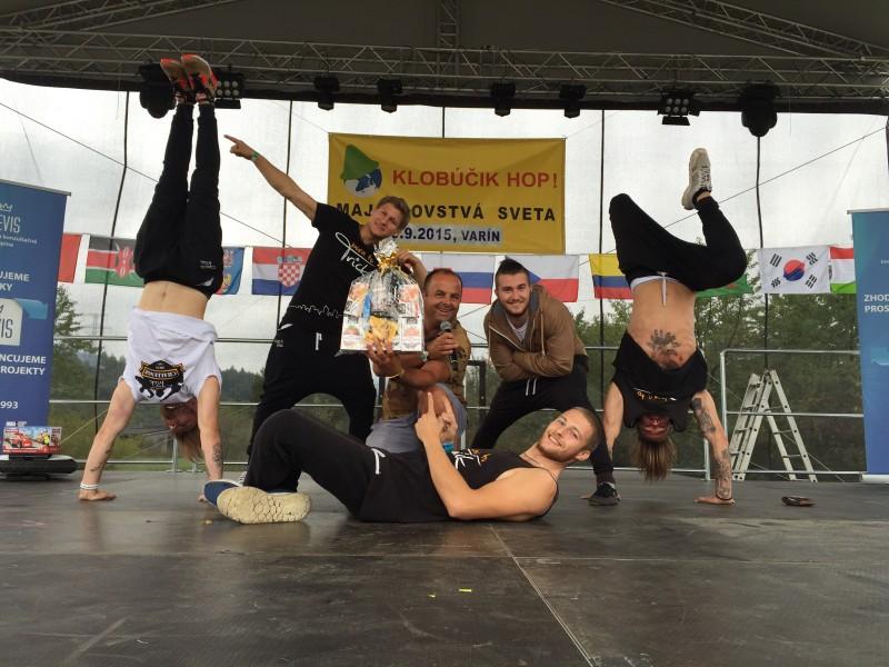 Majstrovstva sveta Klobucik hop v autocampingu Varin pri Žiline. 19.septembra.2015.Varin.