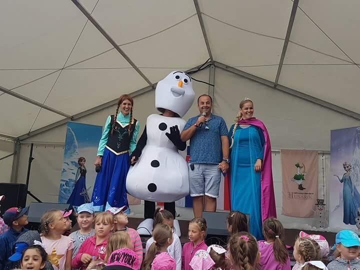 Predstavenie Frozen v hoteli Husarik na Gastro food feste v Čadci. 10. jún 2017. Čadca.