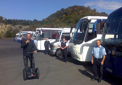 Preteky autobusov počas osláv 60. výročia založenia spoločnosti SAD v Padocku na Pezinskej babe. 25.9.2009.