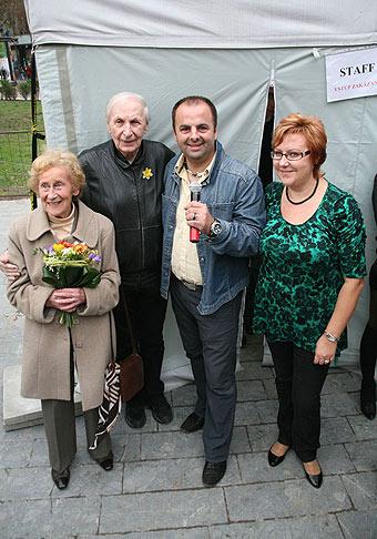 Eva Siracká prezidentka ligy proti rakovine, Ladislav Chudík a Eva Kováčová výkonná riaditeľka ligy proti rakovine.