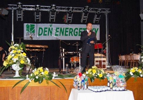 Odovzdávanie ocenení Top pracovníkom. Deň energetiky, Jaslovské Bohunice, september 2006.