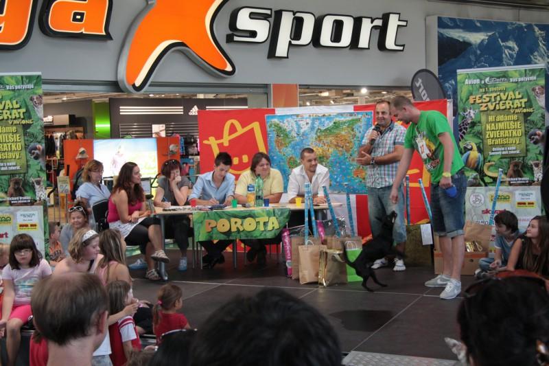 Festival Zvierat v Avione - súťaž o najmilšie zvieratko Bratislavy. 2.10.2011, Bratislava.