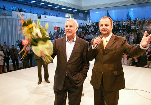 V Expoaréne na Inchebe sa stretnutia s Jackom Canfieldom zúčastnilo približne 3000 ľudí. 26.6.2010, Bratislava.