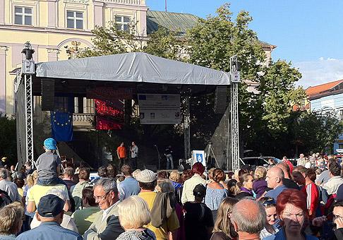 1. ročník Švábkafestu 2010 na námestí v Liptovskom Mikuláši. Okrem Zaujímavého programu mohli ľudia ochutnat špeciality vyrobené zo zemiakov. 12.9.2010.