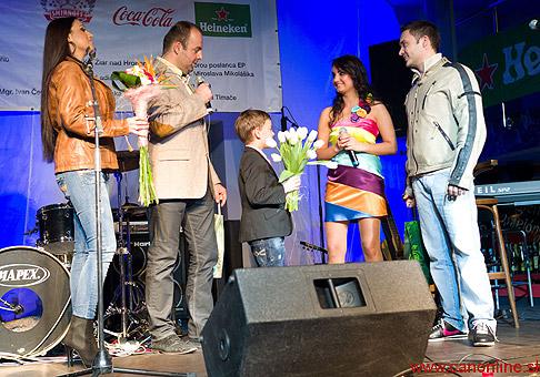 Krst nového CD - Všetko - Ivany Kováčovej. Krstní rodičia: Anita Soul a Robo Papp. Bratislava, 14.2.2011.