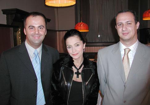 S Luciou Bílou a Christianom Bartkom, správcom nadácie Medical.