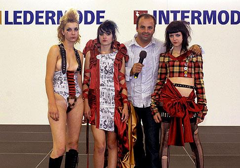 4. ročník výstavy Ledermoda a 8. ročník výstavy Intermoda na Inchebe a zároveň 36. ročník súťaže Mladý módny tvorca. 4. - 6.9.2007.