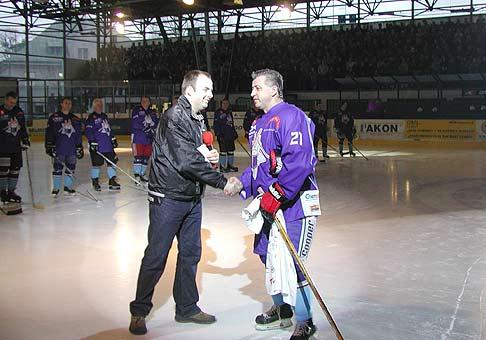 12.3.2004 oslávil Vinco Lukáč na Košickom štadióne svoje 50te narodeniny.