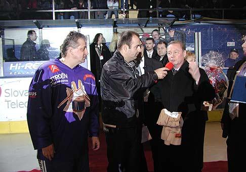 Vincovi Lukáčovi prišiel zablahoželať k päťdesiatke aj prezident Rudolf Schuster.
