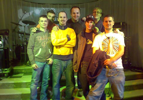Opäť na jednom geniálnom plese spoločne s NO NAME. 9.2.2008 kúpeľná dvorana Sliač.