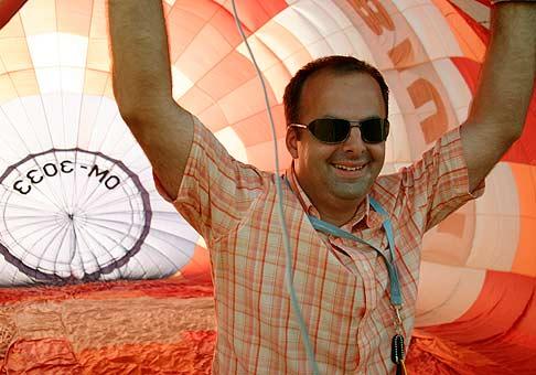 Nubium Rafting Cup 2006. Pomáhal som pri vzlietnutí balóna.