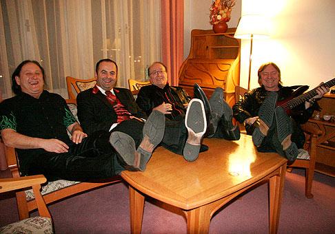S legendárnym Olympicom po dobre odvedenej práci v hoteli Tatra Trenčín. 6.2.2010.