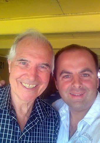 S významným slovenským hercom Jurajom Sarvašom. Tento rok, 2009, oslávi svoje 78. narodeniny. 10.7.2009 Bratislava.