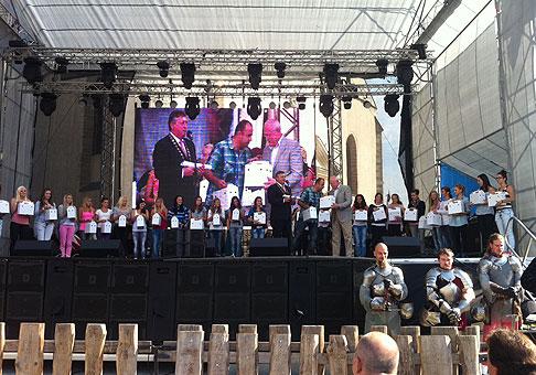 21.ročník Skalických dní osobne navštívil aj prezident SR pán Ivan Gašparovič, ktorý s pánom primátorom vypustili holubice mieru. 17.-18.9.2011, Skalica.