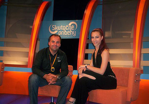 S haďou ženou Zuzkou v televízii Joj za Knihu slovenských rekordov 25.5.2007. Relácia Skutočné príbehy.