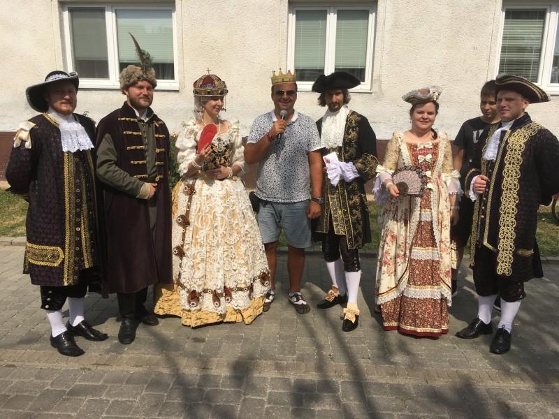 Kralovstvo husaciny v Slovenskom grobe. 3.-4.septembra 2016. Slovensky grob.