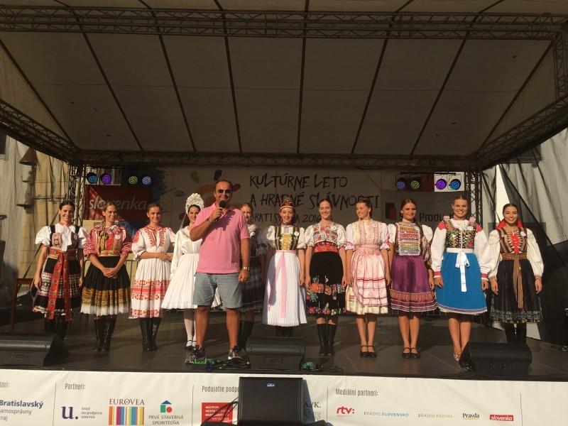 Slovenka na Hlavnom namesti. Miss Folklor 2016. 8.september 2016. Bratislava