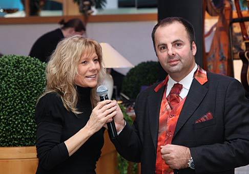 Môj posledný 14. ples sezóny 2008 pre Hotel Tatra Trenčín a Mercedes Benz som si 1. marca  vychutnal s Lenkou Filipovou.
