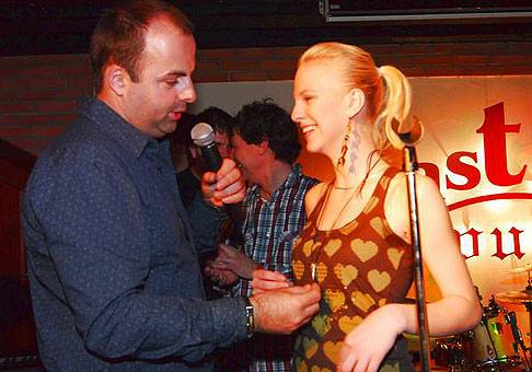 10. výročie založenia spoločnosti Tondach. So speváčkou Barborou Balúchovou.