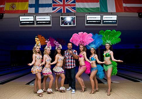 Latinsko americká tanečná skupina Chica Rica. 26.5.2011, Bratislava.